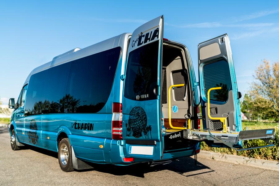 Autobuses adaptados para el transporte de personas con movilidad reducida