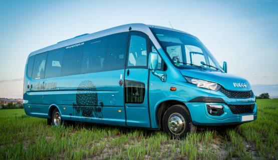 Flota grupochapin : minibus 19 plazas adaptado