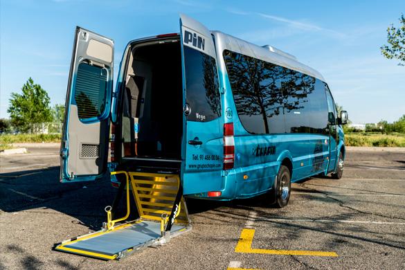 Autobuses y autocares adaptados