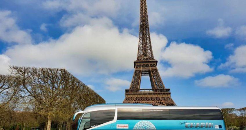 Viajamos a París con el autobús del Grupo Chapín