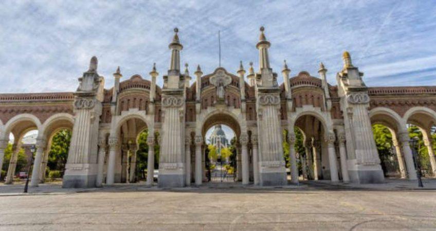 Turismo en cementerios